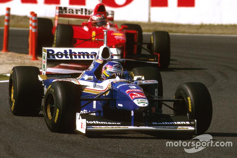 A final foi tensa. Na corrida anterior, Villeneuve teve seus pontos retirados após pela 3ª vez no ano não ter reduzido em bandeiras amarelas. A Williams conseguiu efeito suspensivo, e o canadense correu.