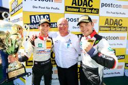 Podium: #29 Montaplast by Land-Motorsport, Audi R8 LMS: Connor De Phillippi, Christopher Mies mit Wolfgang Land