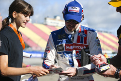 Ryan Blaney, Wood Brothers Racing Ford con i fan
