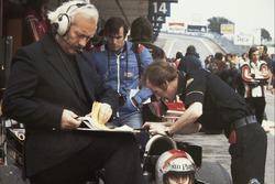 Giorgio Piola, Colin Chapman and Mario Andretti, Team Lotus
