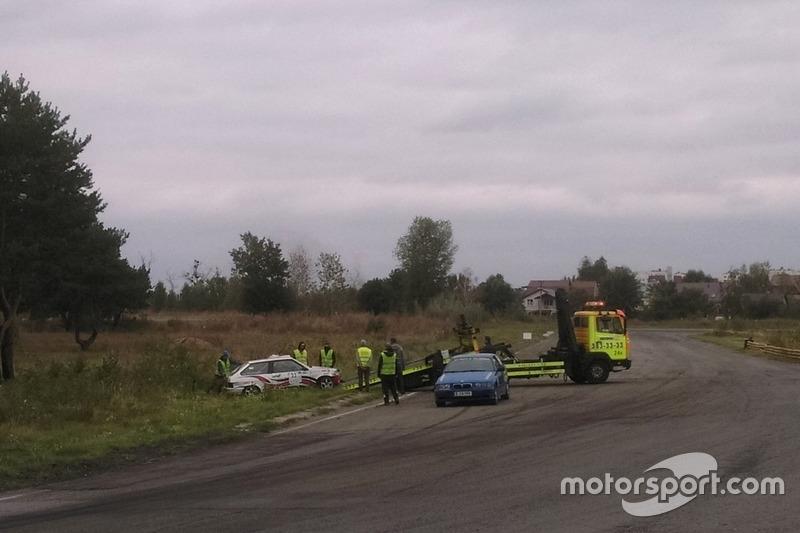 Евакуація після фінішу машини Ігоря Шидловського