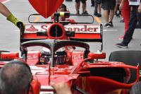 Kimi Raikkonen, Ferrari SF70H con il dispositivo halo