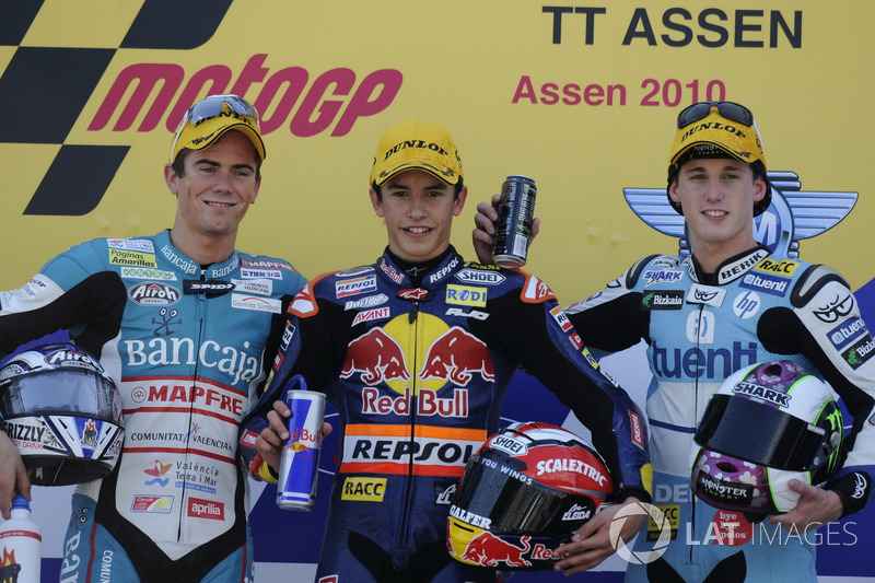 Le podium du GP des Pays-Bas 2010 de 125cc : Marc Márquez, Nicolás Terol, Pol Espargaró