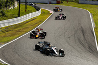 Lewis Hamilton, Mercedes AMG F1 W08, Max Verstappen, Red Bull Racing RB13, Esteban Ocon, Sahara Force India F1 VJM10
