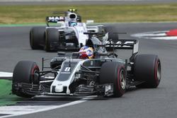 Romain Grosjean, Haas F1 Team VF-17, Lance Stroll, Williams FW40
