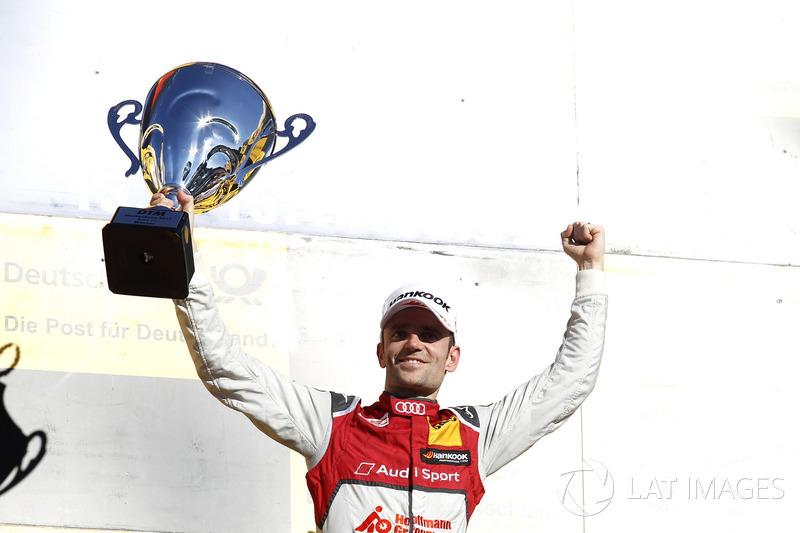 Подіум: переможець Джеймі Грін, Audi Sport Team Rosberg, Audi RS 5 DTM