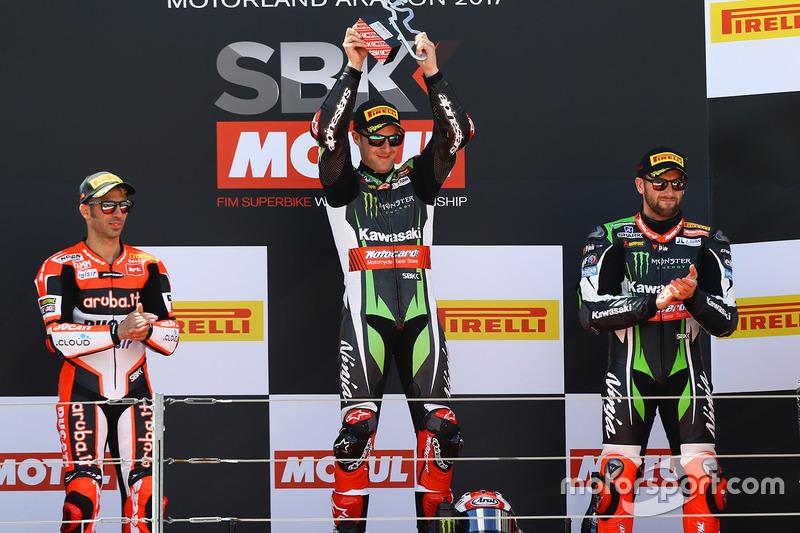 Podium: winner Jonathan Rea, Kawasaki Racing, second place Marco Melandri, Ducati Team, third place Tom Sykes, Kawasaki Racing