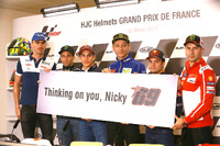 Riders hold a 'Thinking of you Nicky' in support of Nicky Hayden after his bicycle crash
