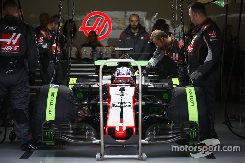 Romain Grosjean, Haas F1 Team VF-17