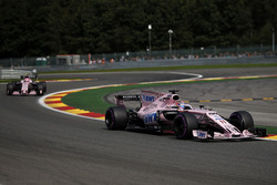 Sergio Perez, Sahara Force India VJM10 and Esteban Ocon, Sahara Force India VJM10