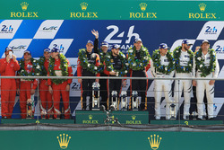 GTE AM podium: first place Robert Smith, Will Stevens, Dries Vanthoor, JMW Motorsport, second place Duncan Cameron, Aaron Scott, Marco Cioci, Spirit of Race, third place Cooper MacNeil, Bill Sweedler, Townsend Bell, Scuderia Corsa