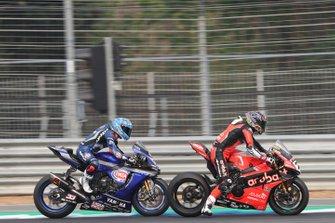 Chaz Davies, Aruba.it Racing-Ducati Team, Marco Melandri, GRT Yamaha WorldSBK