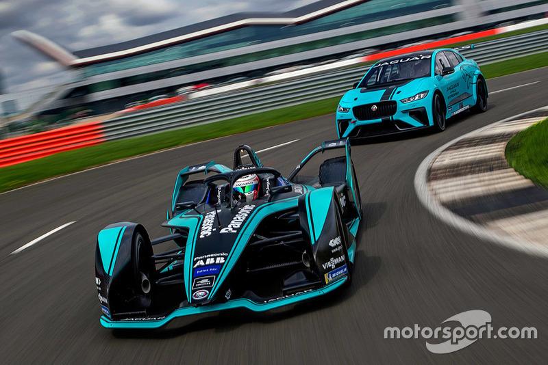 Nelson Piquet Jr., Jaguar Racing I-TYPE 3 et Jaguar I-Pace eTrophy