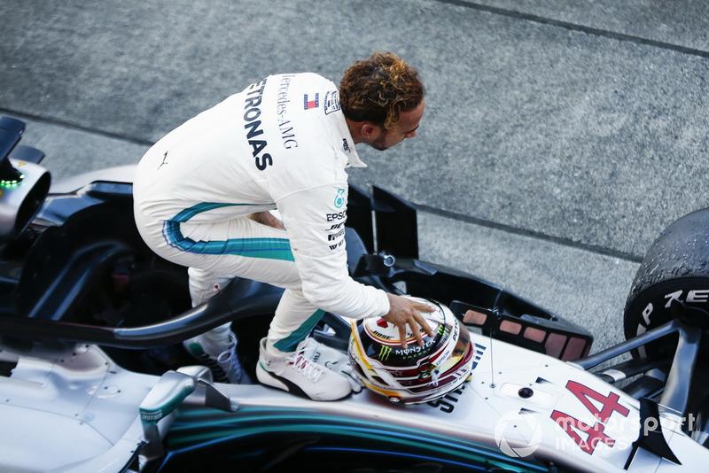 Lewis Hamilton, Mercedes AMG F1 W09, celebra el triunfo
