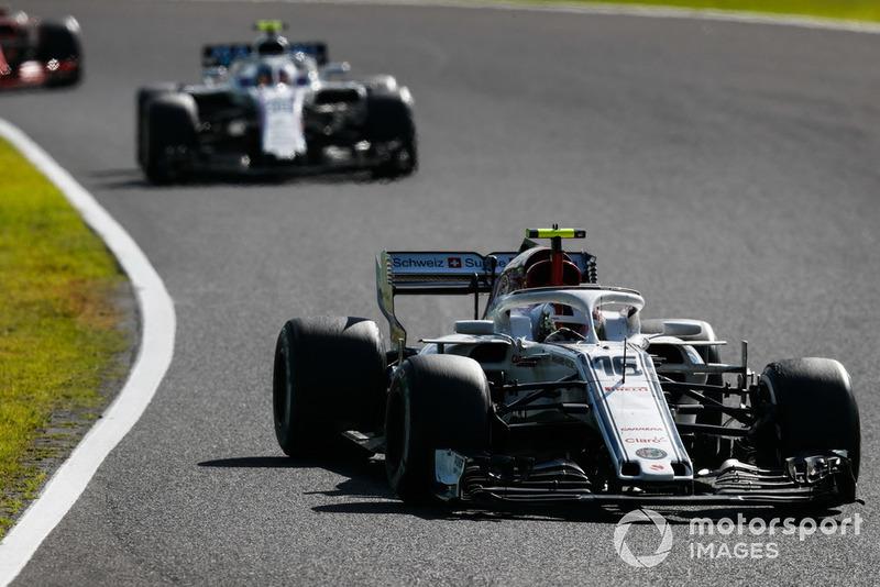 Charles Leclerc, Sauber C37, leads Sergey Sirotkin, Williams FW41