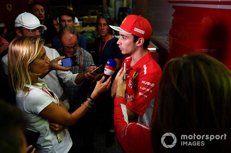 Шарль Леклер, Ferrari, розмовляє із пресою