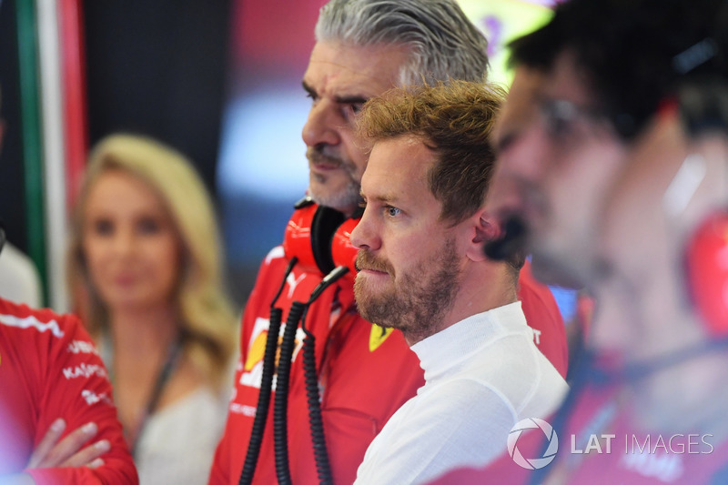 Sebastian Vettel, Ferrari y Maurizio Arrivabene, Ferrari Team Principal