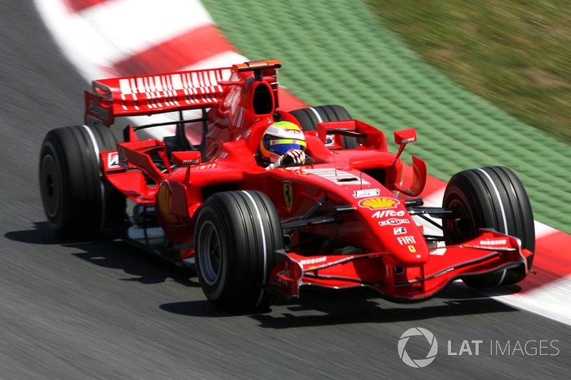 4: Felipe Massa: 225 grandes premios (el 83,64% de los disputados)