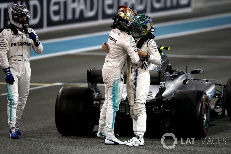 Lewis Hamilton, Mercedes-Benz F1 W08  en parc ferme con Felipe Massa, Williams y el ganador, Valtteri Bottas, Mercedes AMG F1