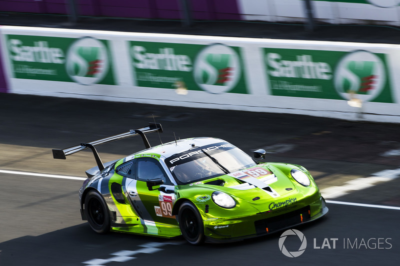 59. #99 Dempsey Proton Competition Porsche 911 RSR