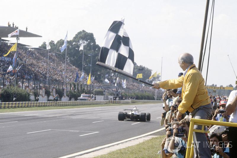 GP Argentina 1978: Fangio se lía