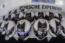 Cascos listos para la Porsche Experience