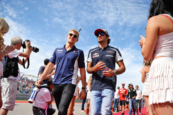 (L to R): Marcus Ericsson, Sauber F1 Team with Carlos Sainz Jr, Scuderia Toro Rosso on the drivers parade