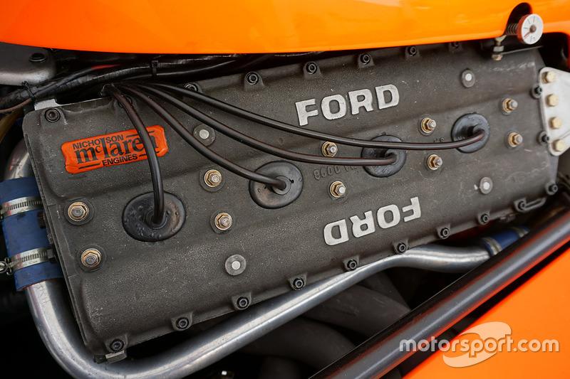 McLaren M23 manejado por Emerson Fittipaldi