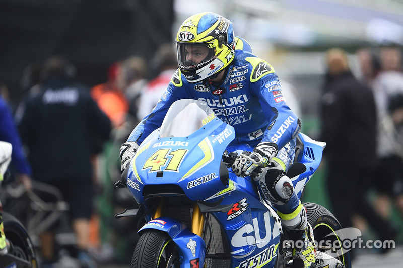 Aleix Espargaro, Team Suzuki MotoGP, sulla griglia di partenza