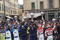 Podio: Paolo Andreucci e Anna Andreussi, Peugeot 208 T16, Peugeot Sport Italia, Giandomenico Basso e