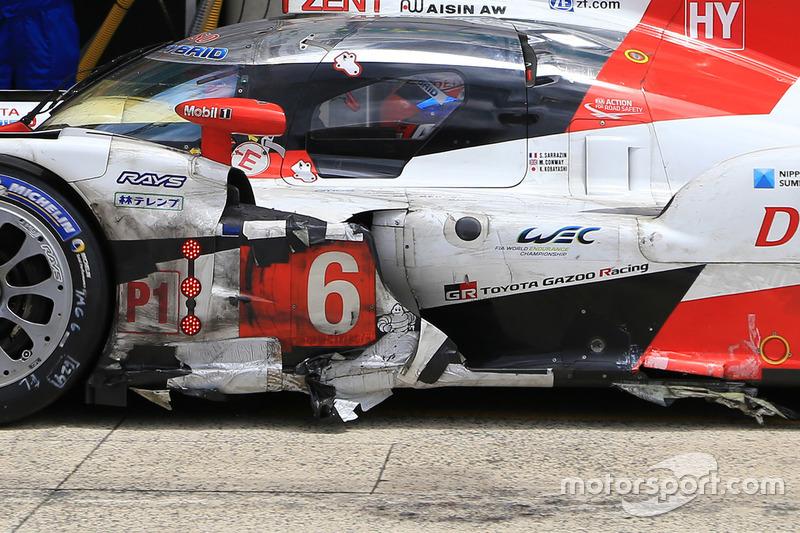 4. #6 Toyota Racing Toyota TS050 Hybrid: Stéphane Sarrazin, Mike Conway, Kamui Kobayashi