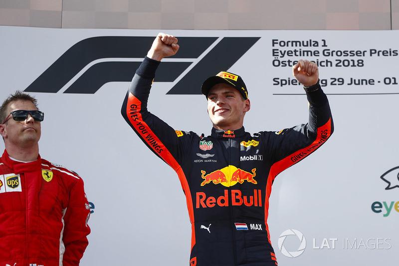 Le vainqueur Max Verstappen, Red Bull Racing sur le podium