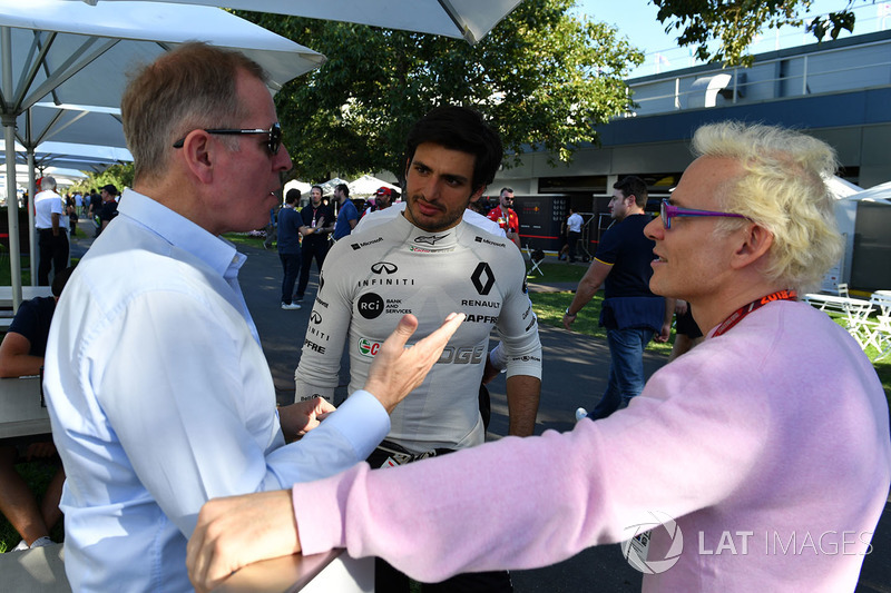 Жак Вільньов, Sky Italia, Мартін Брандл, Sky TV and Карлос Сайнс-мол., Renault Sport F1 Team