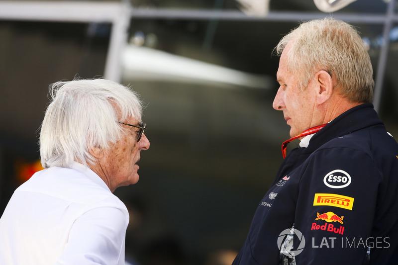 Bernie Ecclestone, Presidente Emérito de F1 con Helmut Markko, Consultor, Red Bull Racing