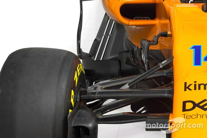 Ponton de la McLaren MCL33
