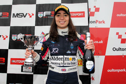 Podio: il terzo classificato Jamie Chadwick, Douglas Motorsport