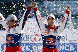 I vincitori Sébastien Loeb, Daniel Elena, Citroën World Rally Team