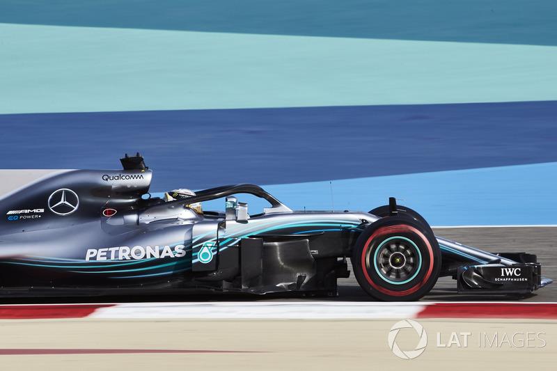 По ходу гонки в Бахрейне Льюис Хэмилтон временами не совсем понимал, что происходит вокруг