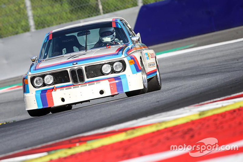 Toine Hezemans, BMW 3.0 CSL, durante la Legends Parade