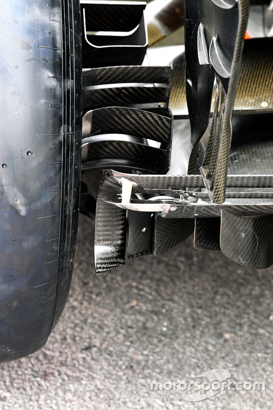 Renault Sport F1 Team RS17 rear diffuser and brake duct detail