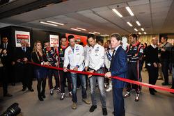 Les pilotes WRC ouvrent le salon avec Malcolm Wilson