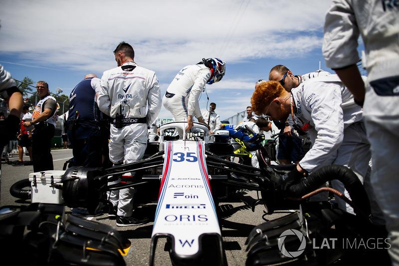 Sergey Sirotkin, Williams Racing, arriva in griglia