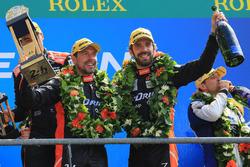 Podio LMP2: il vincitore Jean-Eric Vergne, G-Drive Racing