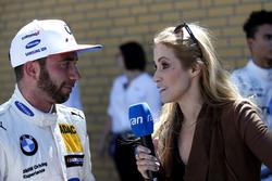 Philipp Eng, BMW Team RBM con Andrea Kaiser, Sat1-TV