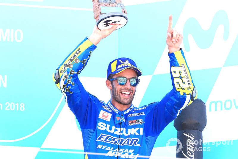 Podio: il terzo classificato Andrea Iannone, Team Suzuki MotoGP