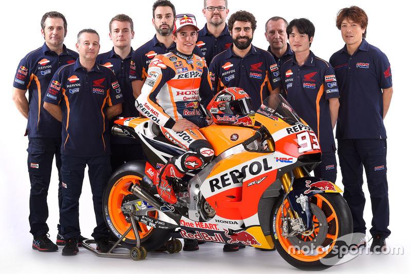 Marc Marquez, Repsol Honda Team, junto a su equipo