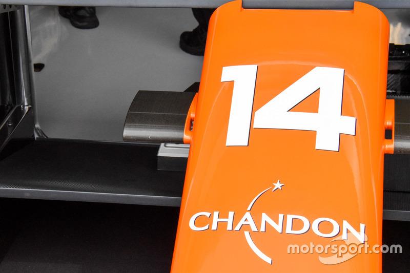 Detalle del morro del McLaren MCL32