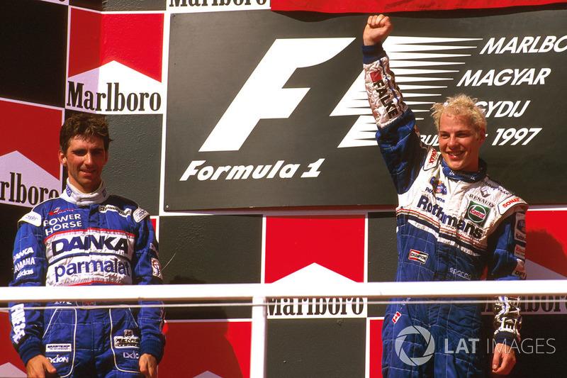 24º Jacques Villeneuve (5 victorias desde la pole) (el 38'46 % de sus victorias)