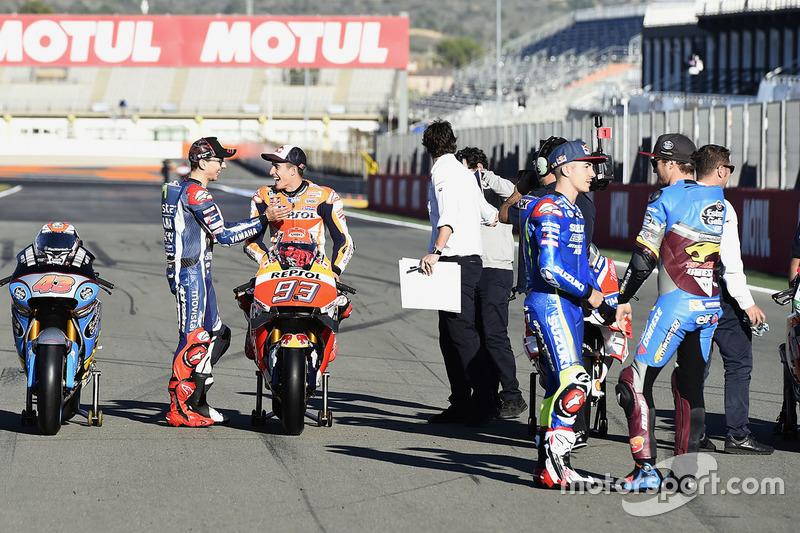 Jorge Lorenzo, Yamaha Factory Racing; Marc Marquez, Repsol Honda Team; Maverick Viñales, Team Suzuki