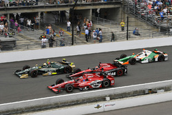 Ed Carpenter, Ed Carpenter Racing Chevrolet, Graham Rahal, Rahal Letterman Lanigan Racing Honda, Mikhail Aleshin, Schmidt Peterson Motorsports Honda